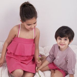eve children vestido con volante coral